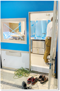 店舗内装工事・厨房機器搬入